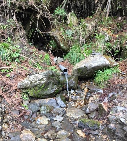 九十九折れ中の給水ポイント