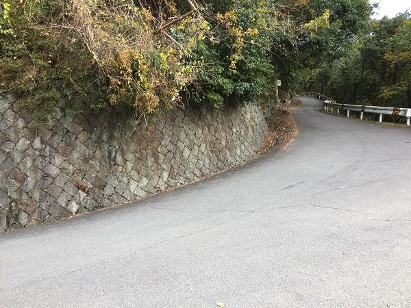保津側最大道幅の急コーナー イン側はかなりキツイ